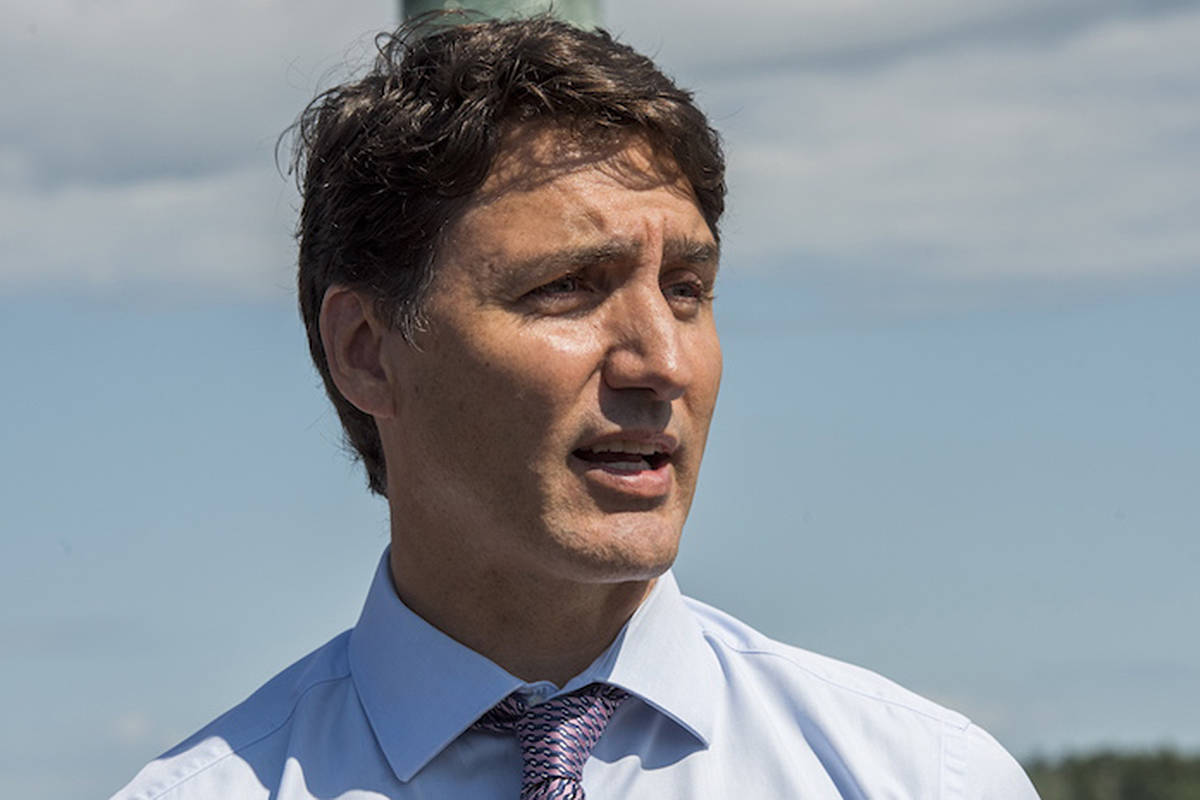 Trudeau to stop in Victoria on eve of election day