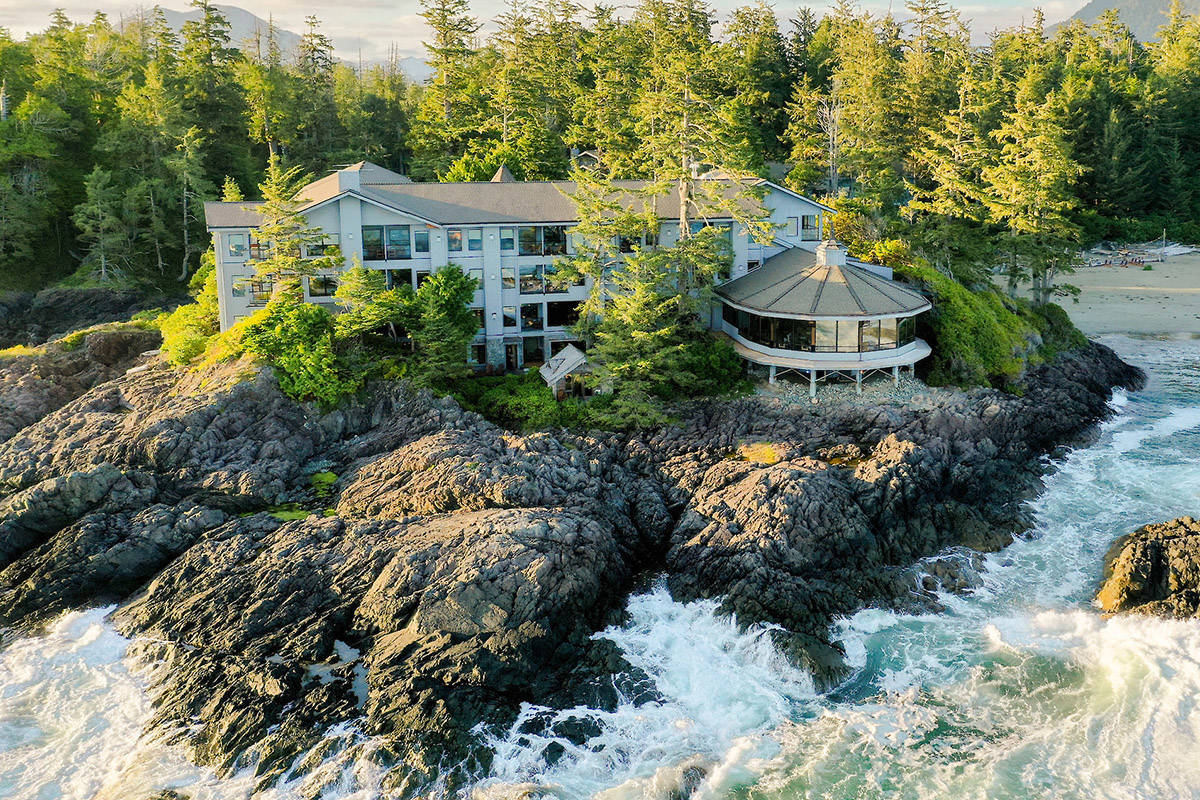 Four of top 25 hotels in Canada on Vancouver Island