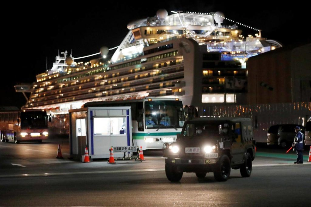 Canadians released from coronavirus-ridden cruise ship in Japan fly home - Saanich News