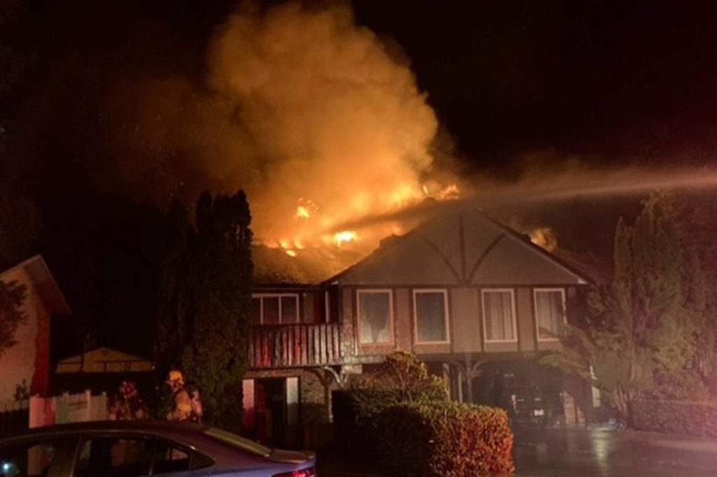 Six people escape early Sunday morning fire in Central Saanich unharmed - Saanich News