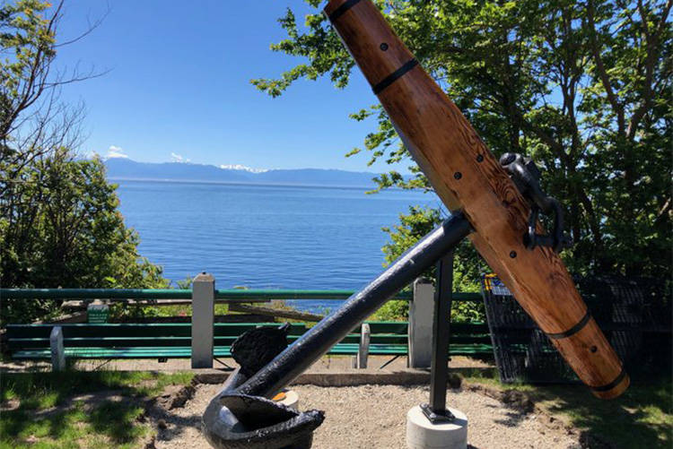 Victoria's latest installation, an anchor near Mile Zero, prompts questions - Saanich News