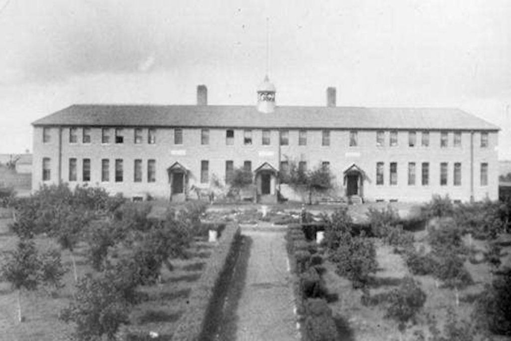 Discovery of 'hundreds of unmarked graves' at former Saskatchwan residential school - Saanich News