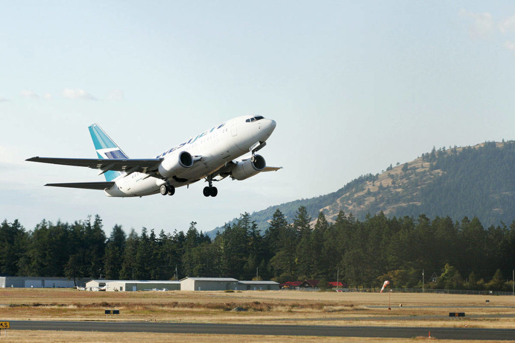Three more COVID-19 exposures reported on Victoria flights - Saanich News