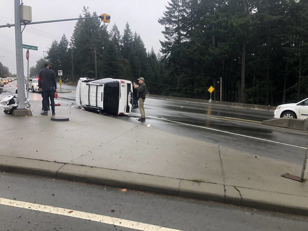 Trans-Canada Highway closed at Shawnigan Lake Road due to crash - Saanich News